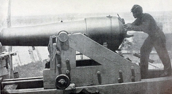 "Confederate 18-pounder at Vicksburg nicknamed ""Whistling Dick"" for the sound made by its projectiles."
