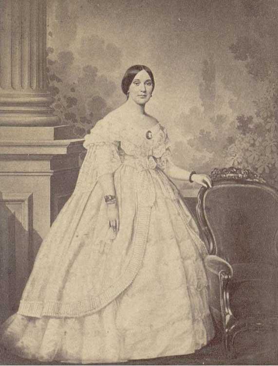 Mrs. Jefferson Davis, portrait, sometime between 1860 and 1870.
